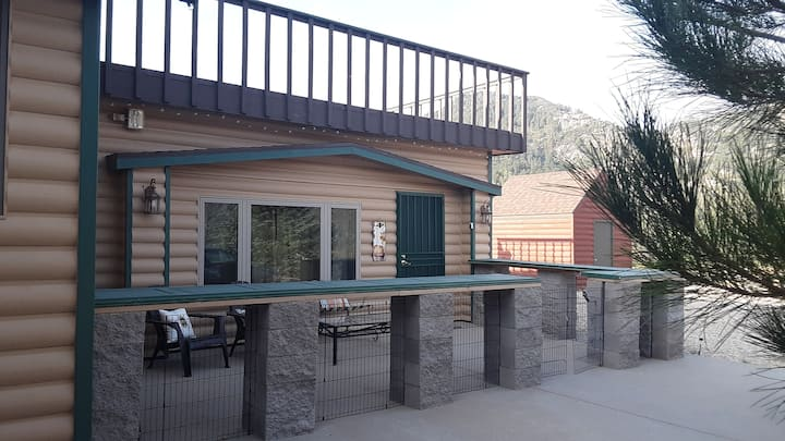 4x4 Road 5☆ Custom Mountain Pine Cabin Kingman AZ