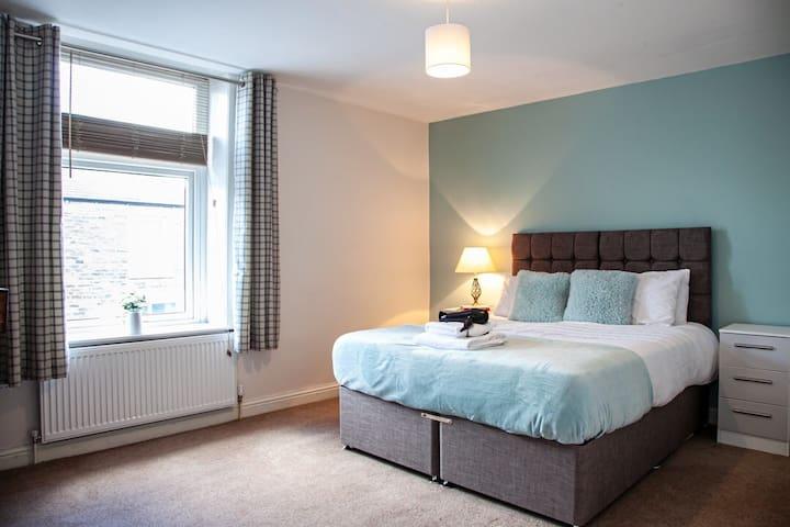 Master bedroom in Whalley town Centre