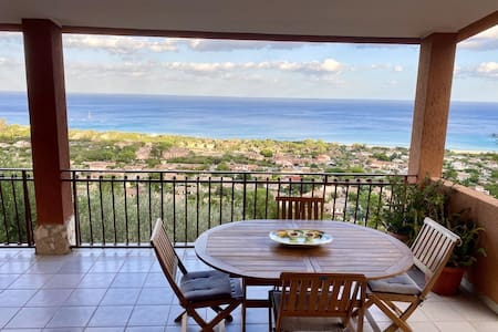"""Fantastic Panorama - """"Villa Onofrio"""" with Sea View, Terrace, Balcony & Wi-Fi; Garage Available, Pets Allowed"""
