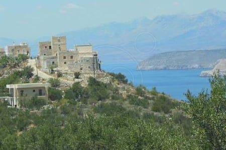BYZANTINE CASTLE - MANI LAKONIAS - Areopoli