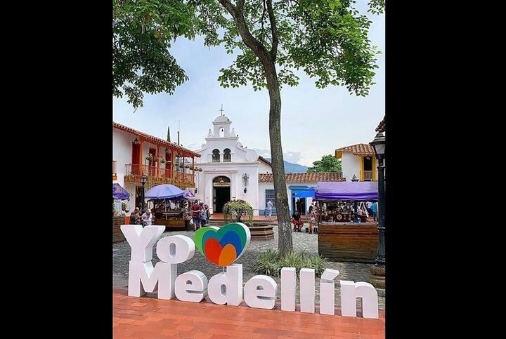 lodging in medellin Colombia