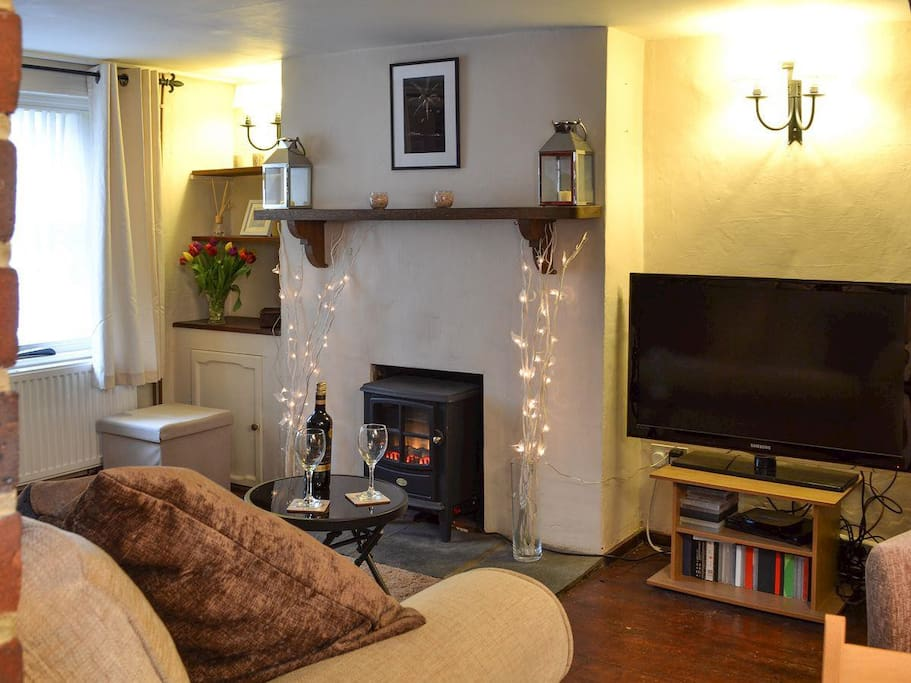 Bed House To Rent In Storrington
