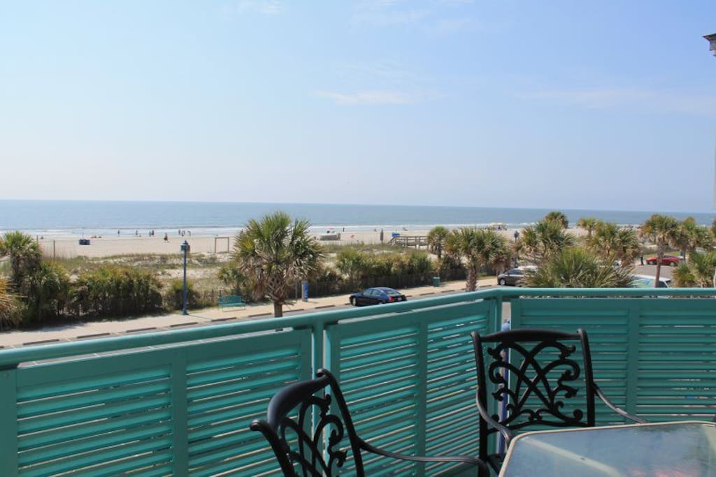 Spectacular Views of the Atlantic Ocean and Tybee Beach from your Private Balcony
