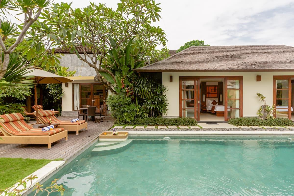 Spectacular Bali Villa - Private Pool, Chef & Beach Entrance
