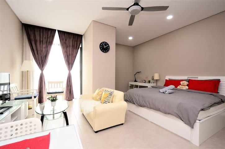 TTDI Ascencia Cozy Suites @ Doorstep to MRT