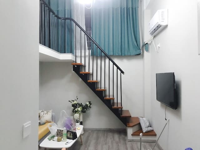 [Sloths Home]近冒险岛/简约风 loft公寓近宝马会/金汇/处州府城/防洪堤/万地16