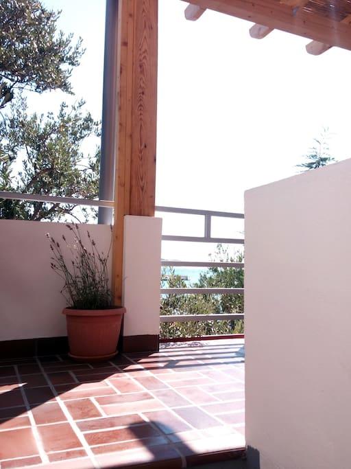 2 Terrace