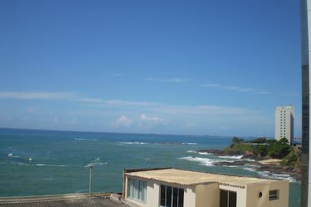 Quitinete na Praia da Areia Preta - Guarapari - Leilighet