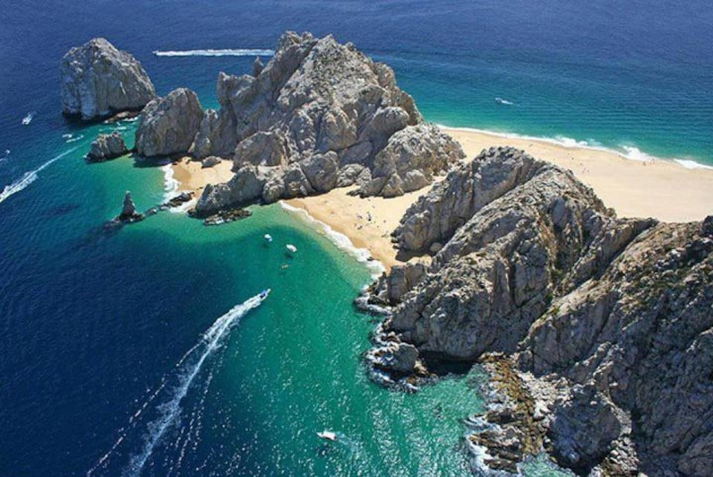 Lands End, the Arch and Lovers Beach are just a beach away from Terrasol
