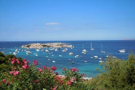 Monolocale a pochi passi dal mare - S. Teresa di Gallura