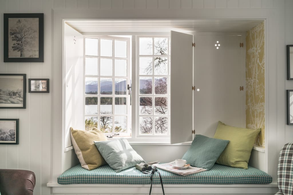 The window seat in the lounge offers comfort as well as marvellous views.
