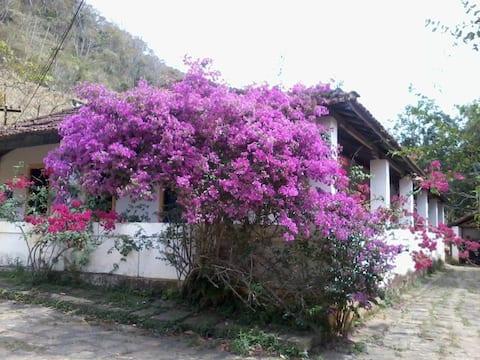 Sitio Sossego -Retiro e Equoterapia - casa Térrea.