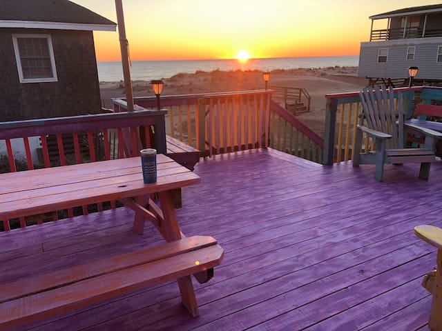 VIEWS!!!*SEMI-OCEAN FRONT*BEACH HOUSE*OceanDreamOn
