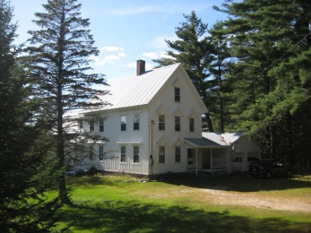 Peaceful, Mountain View Home! - Fryeburg - Hus