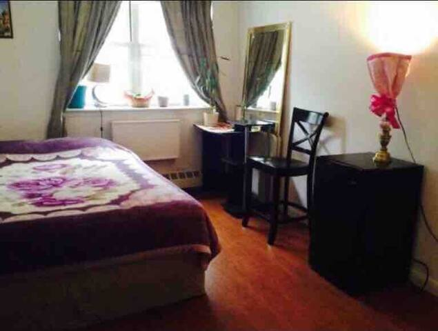 Private Room in Bronx NY, Manhattan