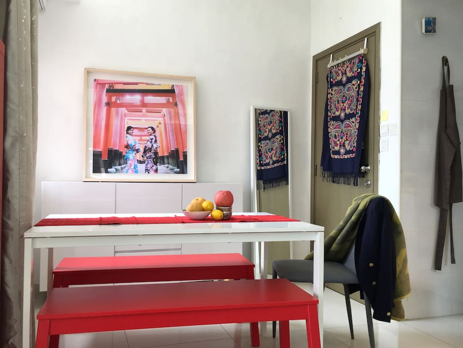 Sunny room for 2 3 mins to mtr appartements louer hong kong kowloon hong kong - Farbiges modernes appartement hong kong ...