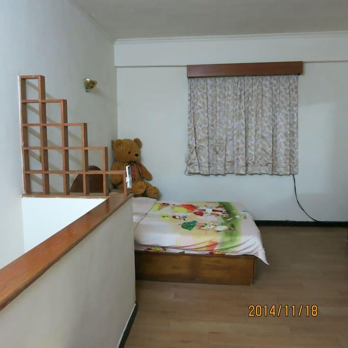 二樓二人床
