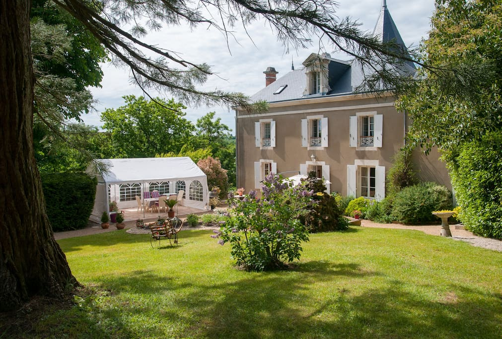 Chambres De Charme Avec Piscine Couverte Maison D 39 H Tes Louer Mareuil Sur Lay Dissais