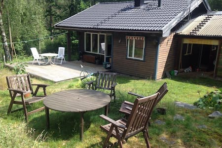 Nice cabin near Gothenburg! - Ale S - Casa