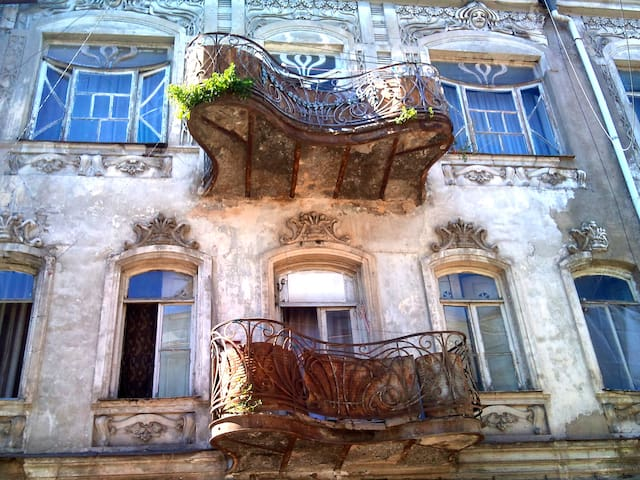 Great Loft in Art Nouveau house - Tiflis - Haus