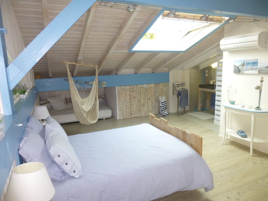 belle chambre biarritz bed and breakfasts for rent in anglet aquitaine france. Black Bedroom Furniture Sets. Home Design Ideas