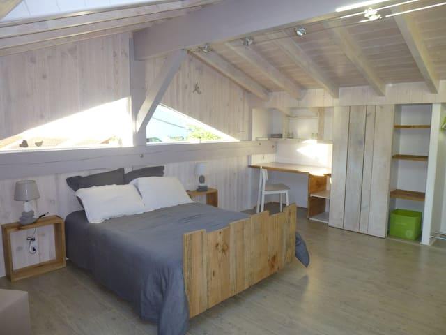 chambre loft à Biarritz