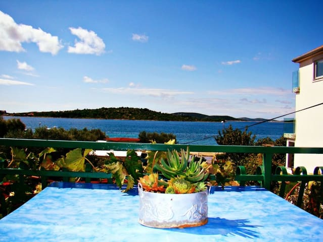 Mantulov- 2Bedroom apartment with terrace&sea view - Srima - Byt