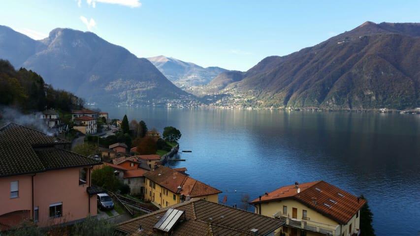 Beautiful place on the lake - Lezzeno - Casa