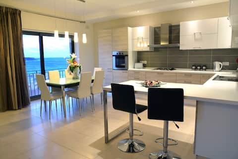 Bright Spacious Designer Finish Luxury Apartment