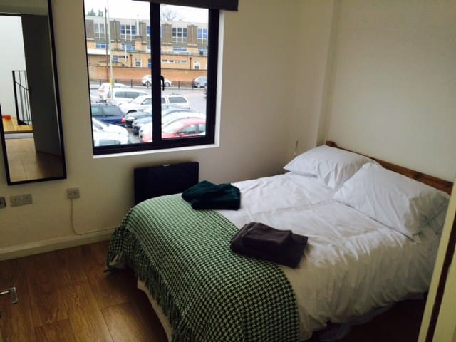 Cathedral view 1 bed apartment  - Gloucester - Appartement