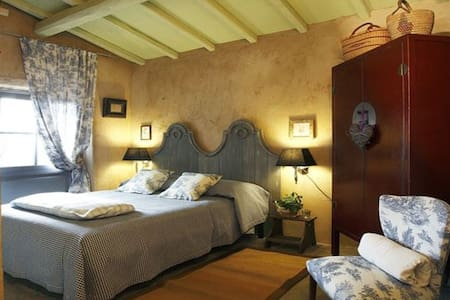 Romantic cottage above the sea - lucca