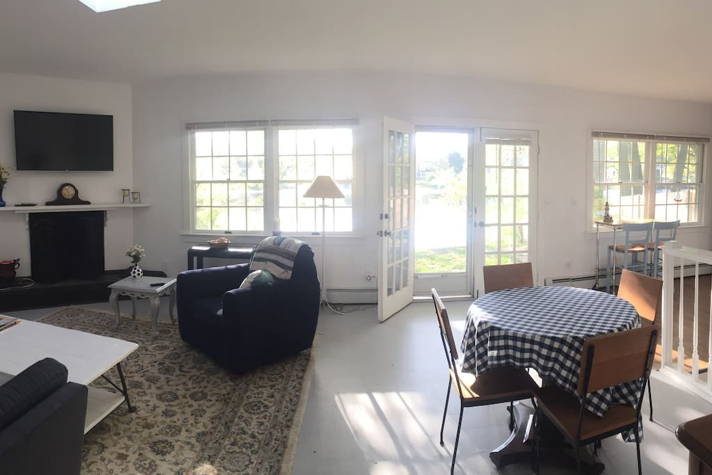 Greenwich Ct Waterfront Cottage In Riverside Cottages