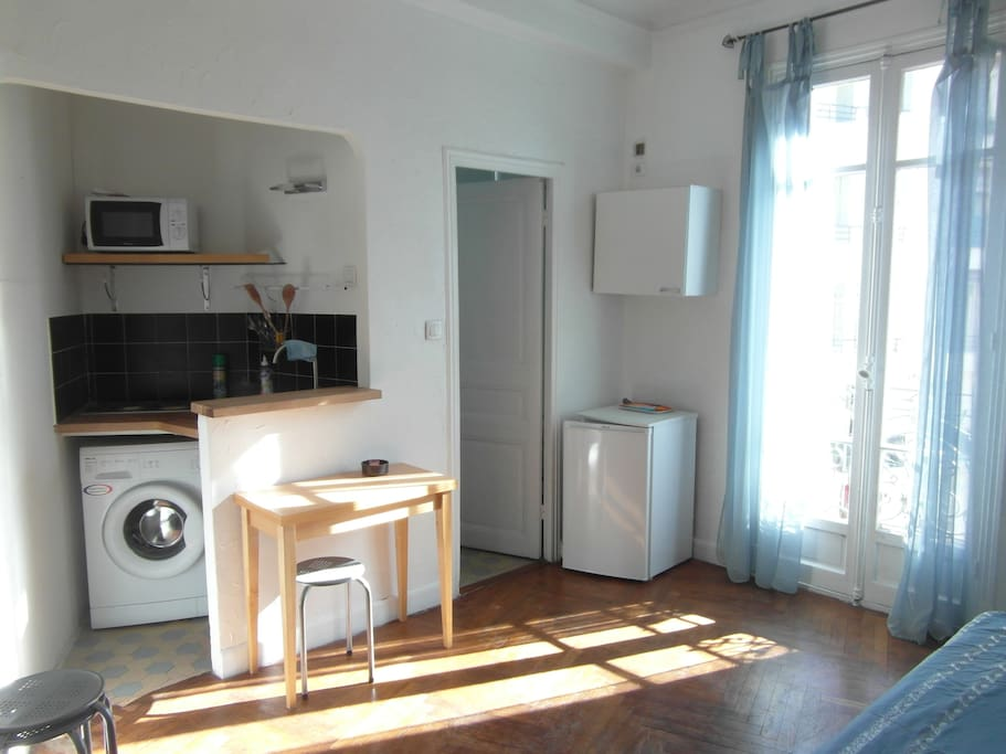 Beau Studio Meubl Proche De Tout Apartments For Rent In
