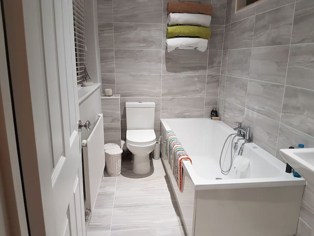 double room with ensuite bathroom - Steventon - Hus