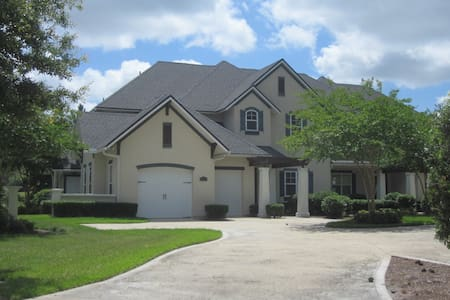 Luxury Townhouse on Golf Course - Fernandina Beach