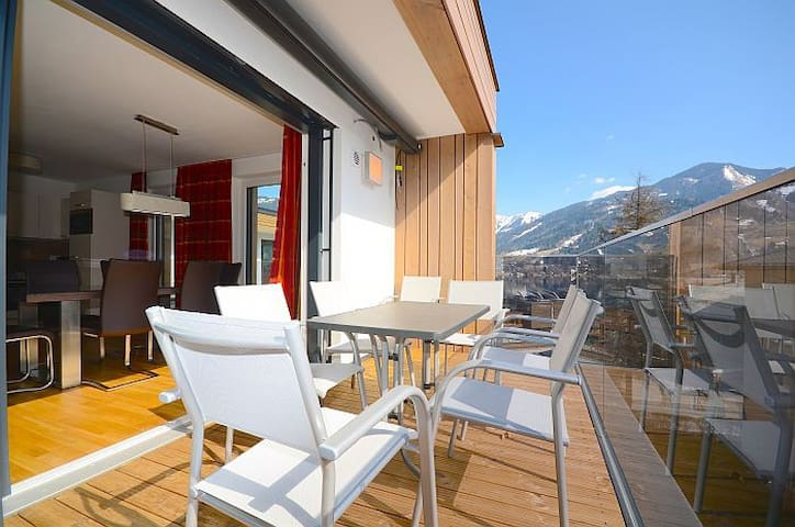 """Penthouse """"Due South""""...Top 19...Alpin See Resort - Zell am See"""