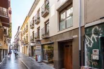 Central/Modern / Parking / Wifi / Plaza Gracia