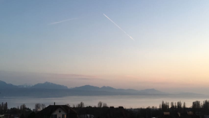 Lausanne, short walk from the lake. - Lausanne - Apartment