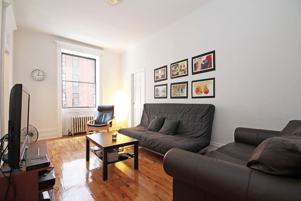 great location in chelsea appartements louer new york new york tats unis. Black Bedroom Furniture Sets. Home Design Ideas