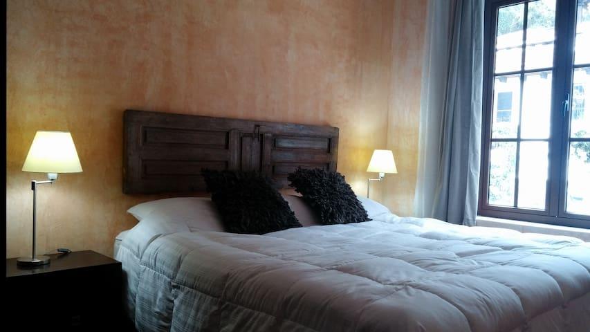 Cozy Bedroom - Antigua Guatemala - Ház
