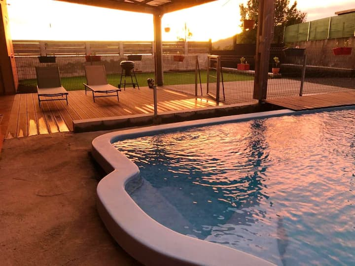 Villa with 4 bedrooms in La Plaine des Cafres, with wonderful mountain view, private pool and enclosed garden