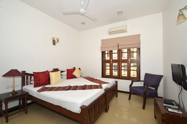 Private Room in Richmond Road , Bangalore