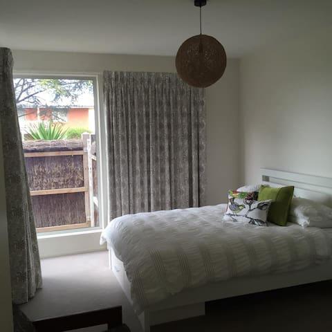 Phillip Isl Foreshore 1 / 2 bedroom - Phillip Island - Haus