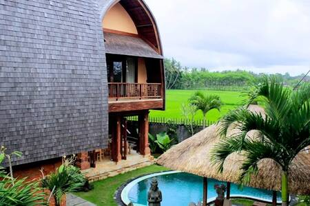 The art apartment with a pool and rice fields view - 乌布德 - 公寓