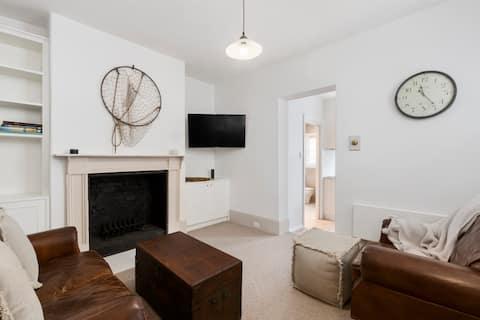 Tori's Luxury Cottage - Walk Salamanca