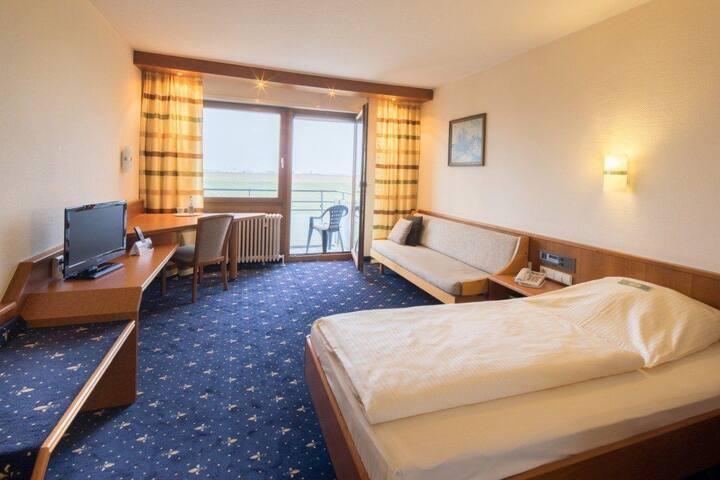 (H2) Hotelzimmer für 1-2 Personen Messe/Flughaf.