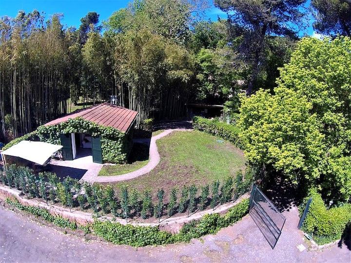 Casa Piccola, 2+2 green oasis in Appia Antica Park