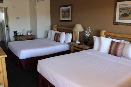 Double Queen Mini Suite - Camp Verde - Butikhotel