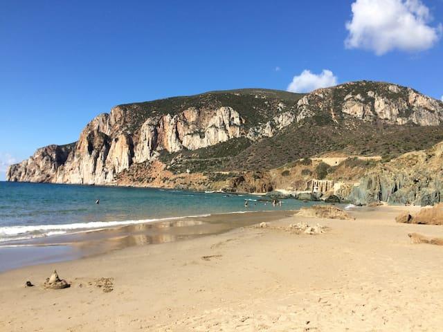 Апартаменты с прекрасным видом на море, Сардиния.