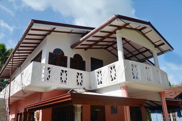 Rashmi Dilshani Villa